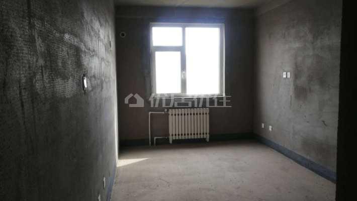 低价出售实验三小阳光国际两室两厅一卫有证随时看房